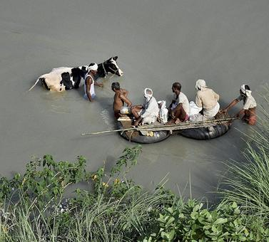 Bihar flood situation worsens, toll rises to 153