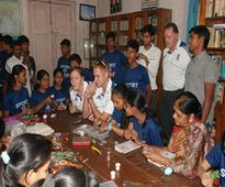 England cricketers spend time with NGO kids