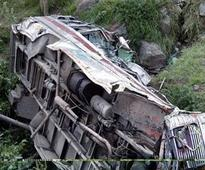 45 tourists injured as bus falls into gorge in Bilaspur