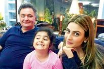 Check this Rishi Kapoor's adorable picture with granddaughter Samara