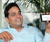 Sunil Munjal and Saroj Poddar in talks to buy into digital payment firm, Paytm