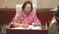 Governor Heptulla apprises Centre of situation in Manipur