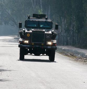 2 officers, 5 soldiers killed in terror strike at Nagrota army base