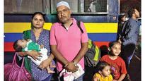 Sridevi's death: Hawa Hawai fans huddle before Judaai