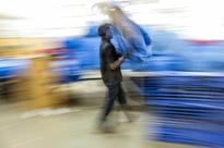 Govt says no more e-retail discounts. Can Flipkart, Amazon & Co. survive?