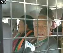 Shinde, Solanki, Vaghela held in Ahmedabad during RBI office lock-out protest