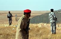 Suicide bomber kills 6 Iraqi guards on border with Saudi Arabia