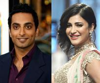 Manu Narayan to Romance Shruti Haasan in a New Film
