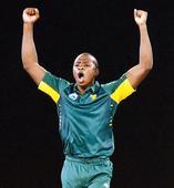 Kagiso Rabada, Farhaan Behardien lead South Africa to bonus-point win against Australia