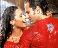 'Nostalgic' Kunal Kohli celebrates 12 yrs of 'Hum Tum'