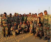 Sanjay Dutt meets 'real heroes'