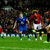 Premier League wrap: Zlatan Ibrahimovic saves Manchester United, Leicester City surge on