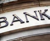 Aid for people standing outside banks