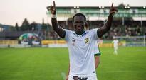 Bulgarian giants CSKA Sofia in serious talks over Ghana striker Raphael Dwamena