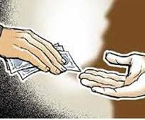 SI caught taking bribe of Rs 50,000 in Mainpuri