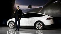 Tesla announces all its car models to have fully self-driving hardware, software being developed