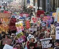 Women's March: British and Canadian anti-Trump protesters denied entry to US by border guards