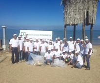 Mumtaz Mahal Restaurant undertakes beach cleaning campaign on National Day