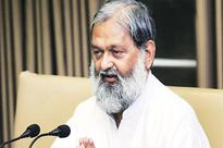 Haryana sports minister Anil Vij draws Twitter ire for donating Rs 50 lakh to Dera chief Gurmeet Ram Rahim Singh