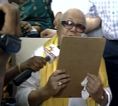 Karuna files his nomination papers