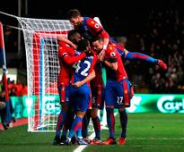 Pardew hails Delaney role in steadying Palace ship