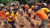 6 Buried in Flood and Landslide in West Sumatra