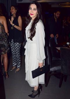 PIX: Karisma Kapoor, Pooja Bedi and a party