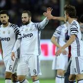 Serie A wrap: Gonzalo Higuain fires Juventus past Cagliari, Roma beat Crotone