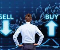 FPIs dump banking, pharma stocks in March quarter: report