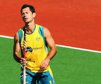 Jamie Dwyer dazzles as Australia outplay Pakistan