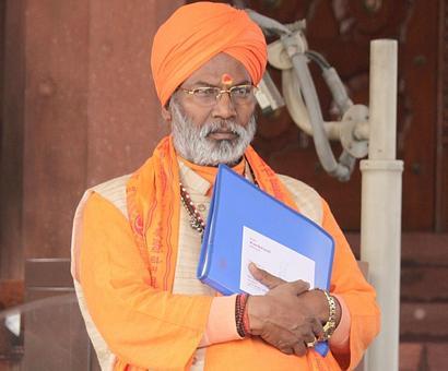 BJP's Sakshi Maharaj inaugurates 'nightclub', receives flak