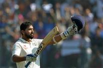 Lunch report: Murali Vijay hits eighth Test century