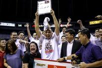 After injury struggles, Lee savors sweetest championship, award