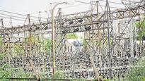 Power cuts continue in Noida, factory owners fear losses