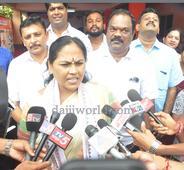 Udupi: Shobha Karandlaje slams Khader for his statement on BJP, demands apology