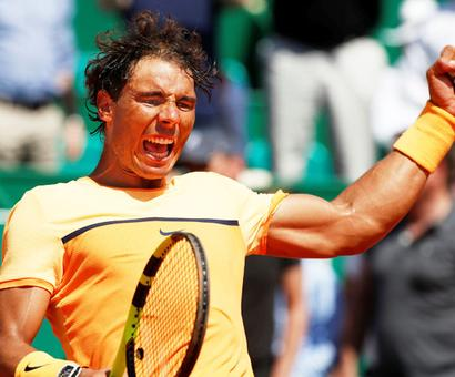 Monte Carlo: Federer out; Nadal, Murray storm into last four