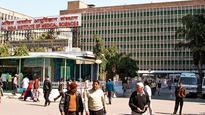 Delhi city hospitals discriminate between in-born and out-born babies