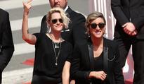 Robert Pattinson Happy For Kristen Stewart! FKA Twigs Wants To Be Her BFF?