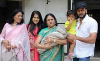 Riteish and Genelia Announce the Name of Riaan's Brother on Twitter