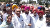 Bajwa visits Gurdaspur mandi, finds wheat procurement tardy