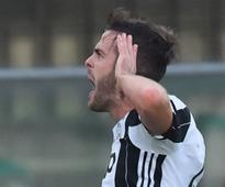 Serie A roundup: Miralem Pjanic nets Juventus' free