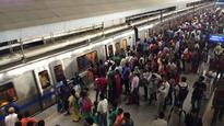 Delhi Metro goes airport-style, passengers carrying baggage more than 15 kg weight won't be allowed, details inside