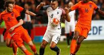 Payet performance thrills Deschamps