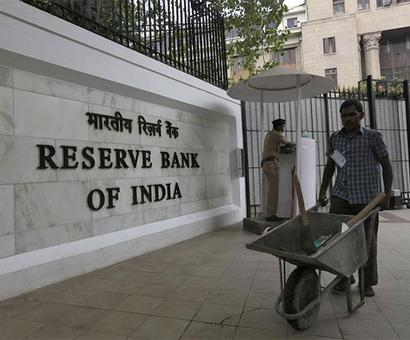 FinMin finds RBI a tough nut to crack
