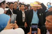Ex-union boss urges PM to ratify accords