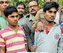 Men with Rs 8L in fake currency held