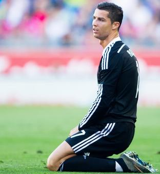 Real president 'not contemplating' Ronaldo departure