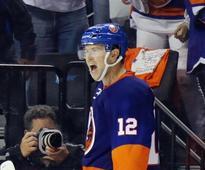 Bailey hits winner in Islanders' OT victory over Ducks