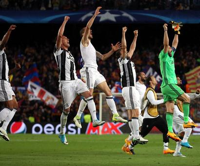 Steely Juventus shut down Barcelona to enter semis