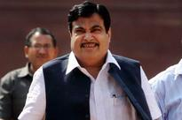 Gadkari's 'pee' all over social media